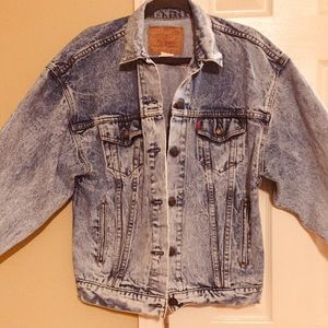 Levi's vintage women's denim jacket size medium